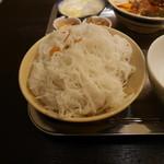 カムオーン - カムオーンスペシャル混ぜ混ぜ麺