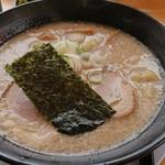 麺山 - 料理写真:とんこつ醤油ラーメン