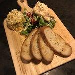 ランドーズ - ランチコース料理 ②ポテトサラダ、ツナサラダ、フランスパン(二人分)