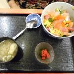 酒蔵 季 - Bランチ チラシ寿司丼 ¥780