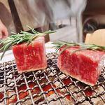 焼肉すどう - 岸川さんのステーキ様ね〜色々出したいから少し小ぶりにカットだって!