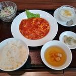 四川飯店 新潟 - エビと卵のチリソース炒め(ランチセット)980円