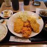 かあちゃん - ミックス(フライ)定食 900円