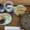 伯蕎庵 しばた - 料理写真:割子そば:800円 、そば稲荷(2個):180円