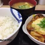 松屋 - チーズタッカルビ定食(豚汁に変更)