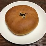 菜々色マルシェ - 料理写真:あんパン 140円(阿武町パン工房)