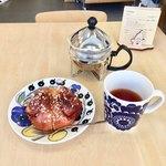 キエロティエ - シナモンロールセット (飲み物付き)750円
