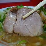 ラーメン二郎  - 1枚目はガシ豚