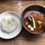 カリー&カフェ SAMA - 料理写真:チキンスープカレー、あっさりスープです。