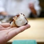 初音鮨 - 蛸(松輪)