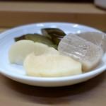 家庭料理 小川 - 漬物盛り合わせ