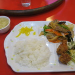 Kimmeihanten - 牛肉とオイスターソース炒め定食 780円(税込)