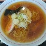 おそばの源さん - 料理写真:醤油ラーメン