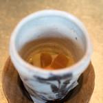 白金台こばやし - 2018.2 釧路バフンウニ 自家製カラスミ 丸めて焼いた赤飯 白味噌餡