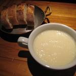 レ ファーブル ボンジュール - スープ&パン (バゲット)