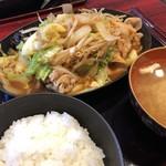 ぶたまる食堂 - 料理写真:豚キムチライス