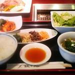 叙々苑 - 焼肉ランチ B