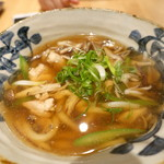 本町製麺所 天 - 三種茸の鶏きのこうどん(酢橘付き)
