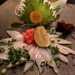 食彩酒席 ビカヴォ - 江戸前穴子刺(800円)