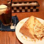 80444954 - 20180131キャラメルシフォンケーキとコーヒーフロート