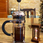 スイート  - コーヒーがフレンチプレス式というのは洒落ている。砂時計が落ちるまで、香りも楽しみつつ