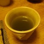 すし処 みや古分店 - お茶