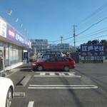 ゆで太郎 - 駐車場など(2017.12.25)