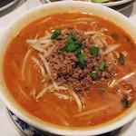 重慶飯店 - 四川担々麺