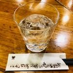 万世橋酒場 - 萬世ロック(400円)