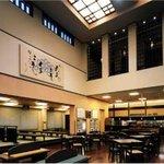 RAKU SPA Cafe 浜松 - 内観写真:テーブル席の他、お座敷もご用意しております。