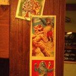 感激 たぬき - 柱に貼ったレトロカード