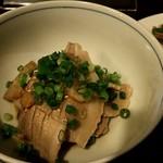 日本酒バル いぶき - えびすもち豚バラと蕪と葱ぼん♪