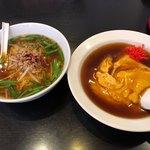 台湾料理天龍 - 料理写真:天津飯+台湾ラーメン 700円