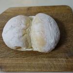 ブルーデル - ハイジの白パン