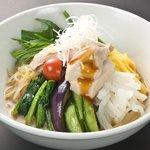 よってこや - 今年の新作冷麺は「胡麻豆腐の冷やし中華」絶品です!