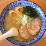 らーめんてつや - 料理写真:塩らーめん_810円、味玉_108円