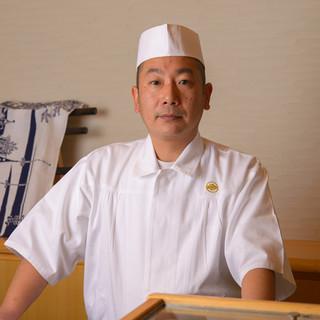 大門太郎氏(ダイモンタロウ)―富山の恵みを生かした鮨を握る