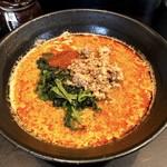 護摩龍 - 地獄の担々麺(阿修羅15辛)900円
