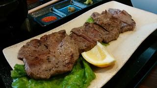 刻 - 「厚切り牛タン定食(塩)」牛タン