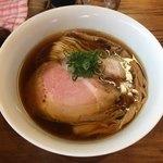 ラーメン屋 トイ・ボックス - 料理写真:「醤油ラーメン」750円