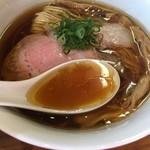 ラーメン屋 トイ・ボックス - 鶏と水のスープ