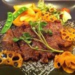 ビストロ肉匠 - 黒毛和牛のサーロインステーキ