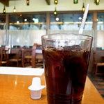 TRATTORIA Alioli - 大きめなグラスにアイスコーヒー(ランチセット)