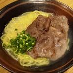 神戸ビーフ食品直営店 鉄板焼 銀座888 - 神戸牛ラーメン