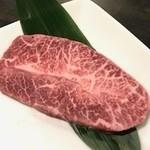 神戸ビーフ食品直営店 鉄板焼 銀座888 - ミスジの鉄板焼