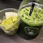茶和々 - 抹茶本わらび餅、アイスグリーンティー