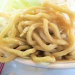 らーめん大 - 麺