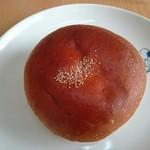 わたなべパン - あんぱん(145円)