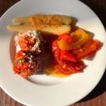 スパニッシュイタリアン Azzurro520 ‐canale de terrazza‐  - パスタセット(1,280円) ビュッフェ式のサラダと前菜。 ミートボールが美味しくてお代わりしちゃいました。