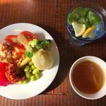スパニッシュイタリアン Azzurro520 ‐canale de terrazza‐  - パスタセット(1,280円) ビュッフェ式のサラダ、前菜、スープ、ソフトドリンク。